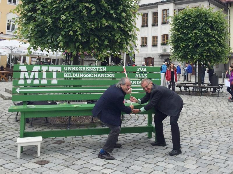Grüne Bildungsbank in Kaufbeuren.