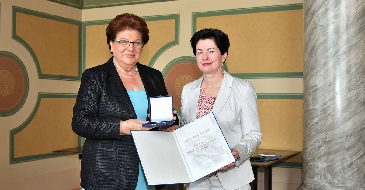 Verleihung der Bayerischen Verfassungsmedaille.
